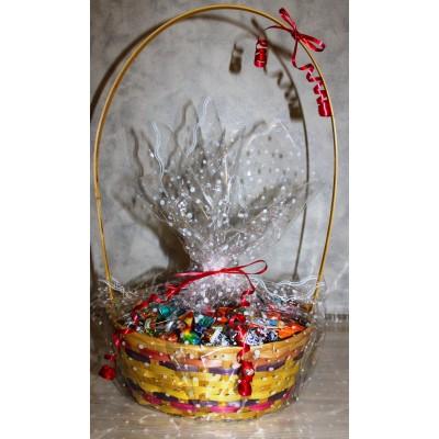 Сладкий новогодний подарок Корзина подарочная, 1900 гр